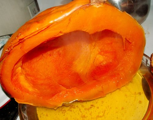 Cooked pumpkin half via Dragonwood