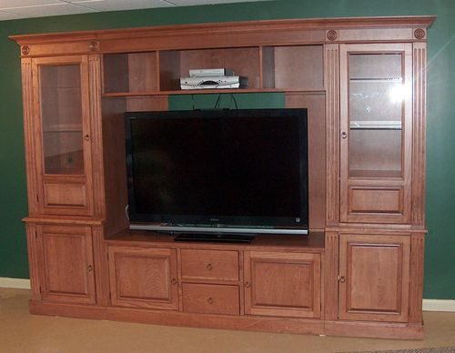 Behind tv potential via JCCustomWoodworking