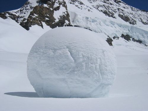 Big snowball via DaMonday_com