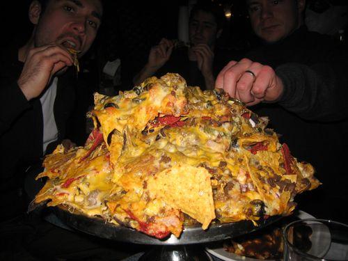 Giant nachos via alexlod-com