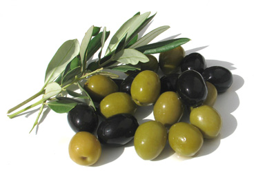 Olives via naturelivings.blogspot_com