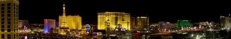 Las_Vegas_Strip_panorama via en.wikipedia-org