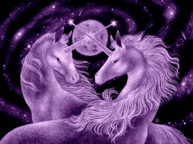 Purple glitter unicorns via graphics.glig-com