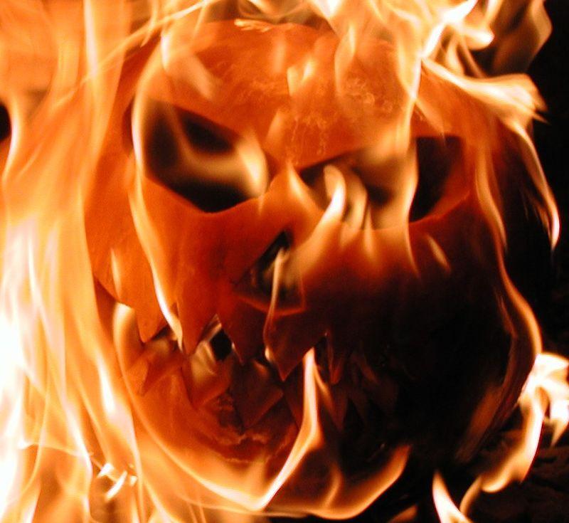 Burningpumpkin02